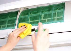 grahams_home_and_cleaning_care_home_cleaning_brisbane_clean_air_conditioner.jpg